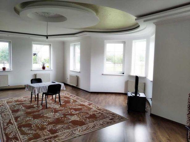 """Новий особняк з якісним ремонтом, 225 кв/м, """"Калинова Слобода"""""""
