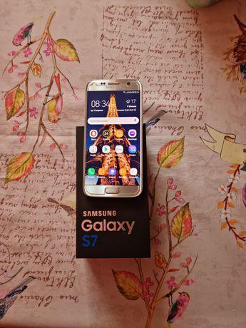 Cмартфон Samsung S 7