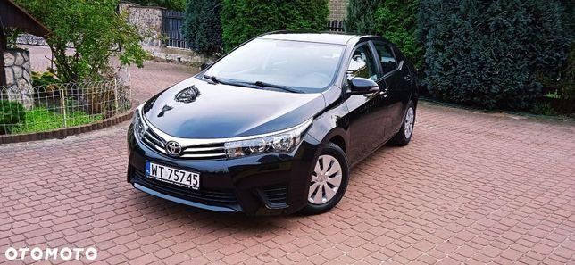 Toyota Corolla rezerwacja do niedzieli