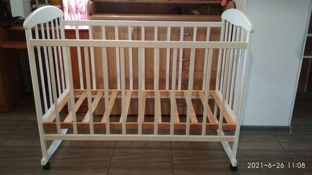 Детская кроватка кровать и матрас
