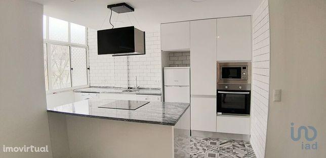 Apartamento - 62 m² - T2