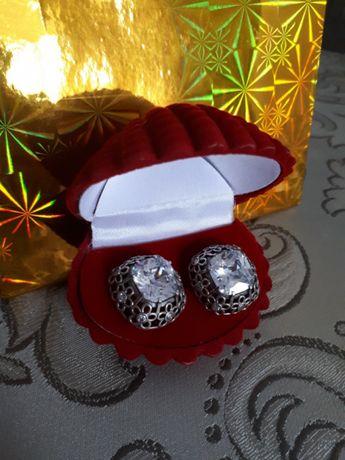 Сережки 925 срібло ідеальний стан