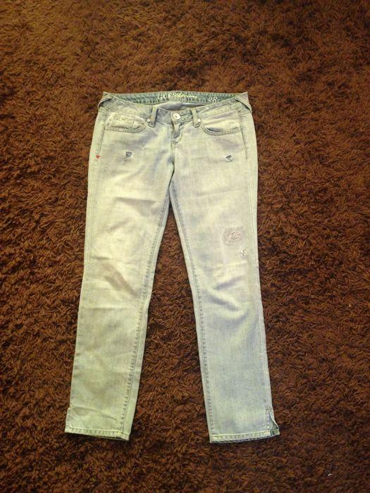 Оригинальные брендовые джинсы-дранки Guess