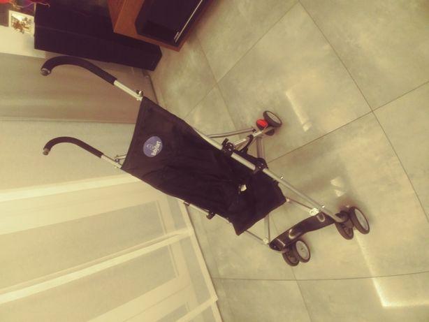 Sprzedam wózek parasolke w stanoe bdb