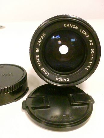 Vendo lente manual Canon NEW FD 50mm F:1.4 usada.