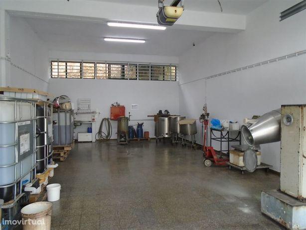 Armazém c/ 450m2, Malveira