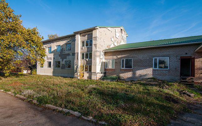 Здание - 988 кв.м., с. Беленькое под производство, базу отдыха и др.