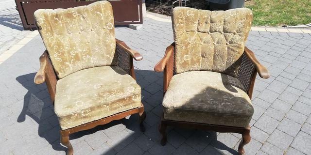 Dwa fotele do renowacji