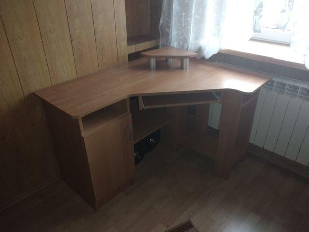 Biurko narożne w stanie idealnym
