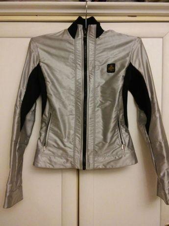 Куртка(ветровка)