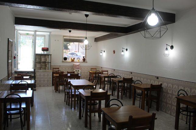 Trespasse - Restaurante em Mem Martins a funcionar em pleno