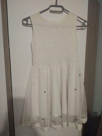 Sukienka biała z koralikami
