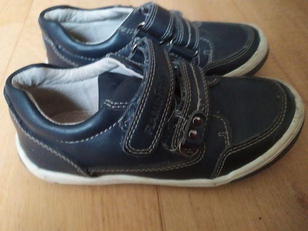 Кроссовки. Туфли. Детская обувь