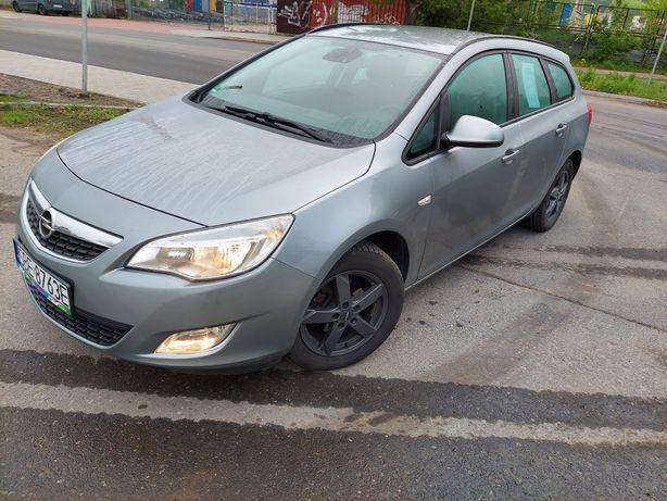 Opel Astra J Kombi 1.4 Turbo 140KM Benzyna + Gaz Sekwencja Prins