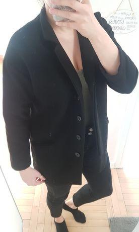 Czarny płaszczyk Zara L lub M jako oversize dla S
