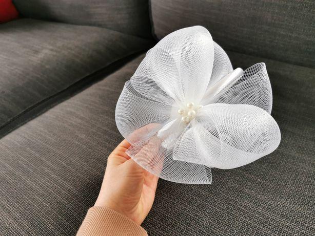 Fascynator opaska ślubna krynolina perełki