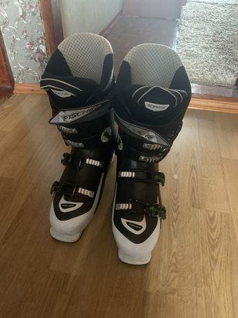 Лыжные ботинки Fischer 28.5