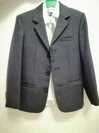 Пиджак и жилет для мальчика