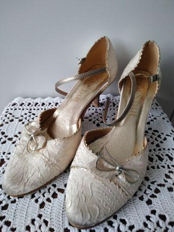 Buty ślubne 38-39