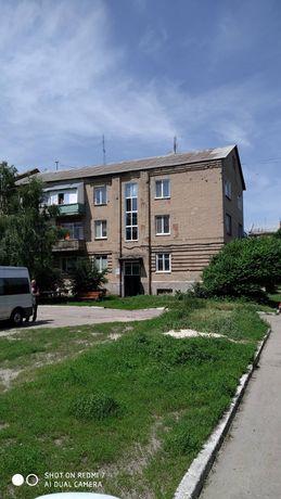 Продам три комнаты в четырех комнатной квартире