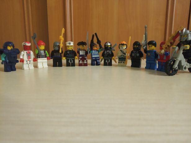 Продам Lego 1.5 кг + фігурки. Остання знижка.