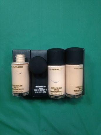 Тональный крем: Компактная пудра под MAC