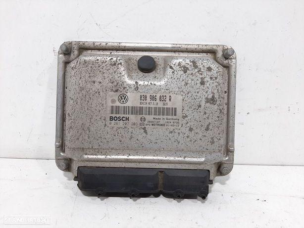 030906032R  Centralina do motor VW LUPO (6X1, 6E1) 1.4 AUD