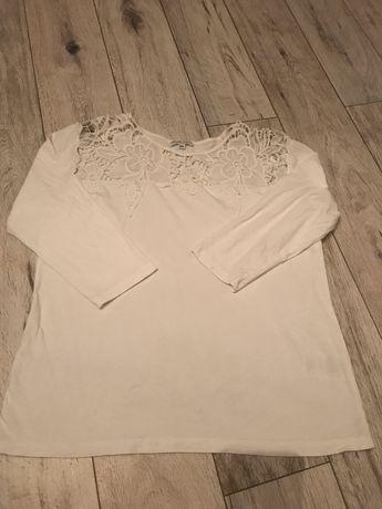Bluzeczka z koronka