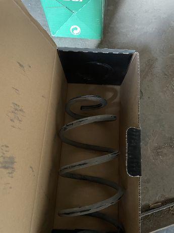 14319014 Пружина задняя MB A180/200/220 (W176)