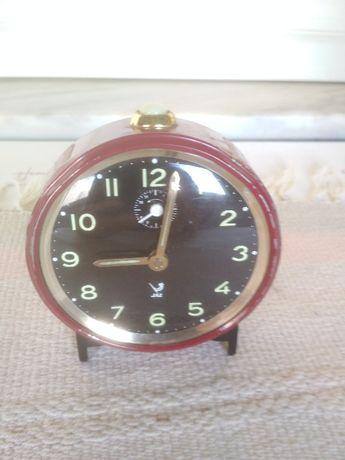 Antigo relógio despertador da conceituada marca Jaz - Coleção