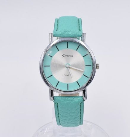 Часы женские крутые новые