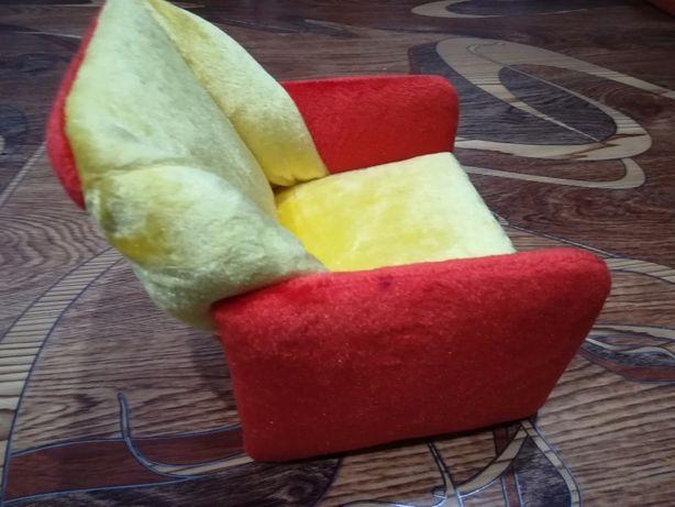 Кресло для кукол.