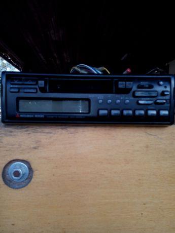 Auto-Radio Mitsubishi