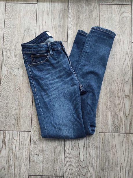 Ciemne jeansy Cross