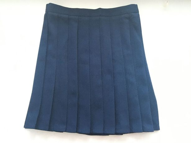 Темно-синяя юбка в складку