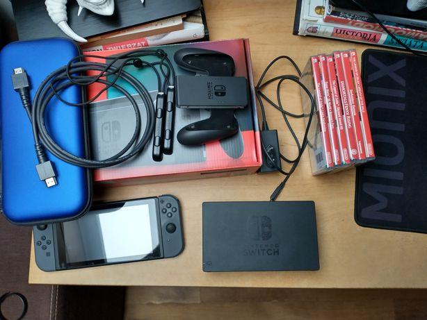Konsola Nintendo Switch V2 z grami i case