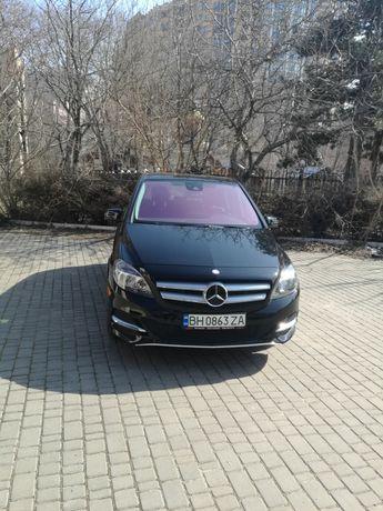 Mercedes Benz b250е
