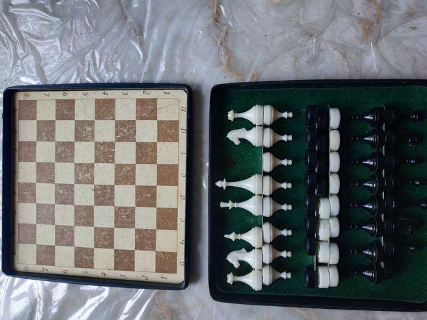 Шахматы и шашки магнитные производства СССР поштучно