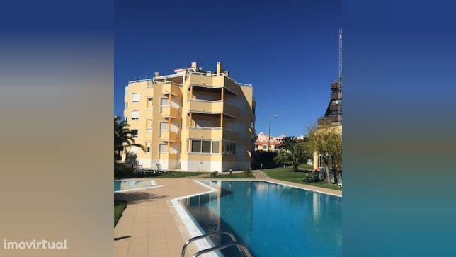 Apartamento T2 com garagem e piscina para Arrendamento