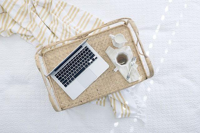 Sklep internetowy/Strony internetowe/Pozycjonowanie/Aplikacje/FB/Kursy