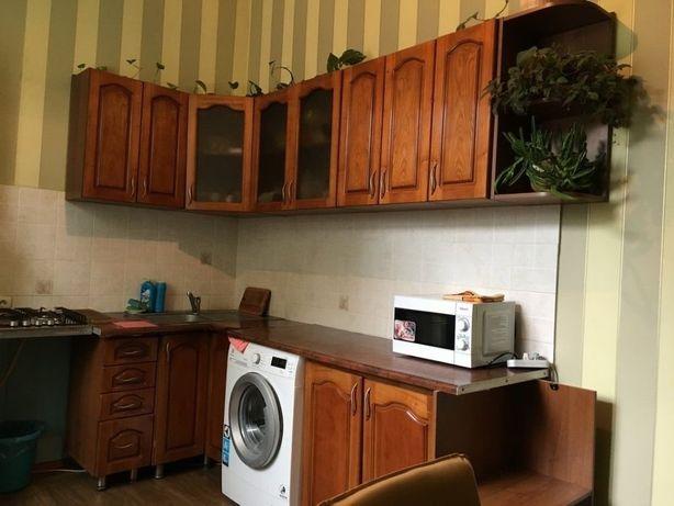 Сдам дешево подселение в комнату в центре Киева Метро Золотые Ворота