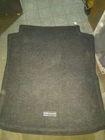 Срочно Продам коврик в багажник pasat b7 usa