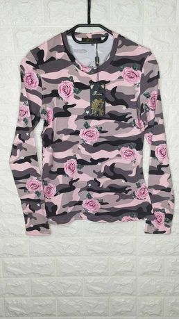 Лонгсливы женские нежные розы на камуфляже