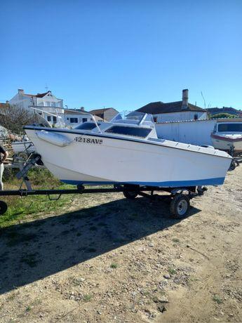 Barco de recreio/pesca Ardus com motor 30cv
