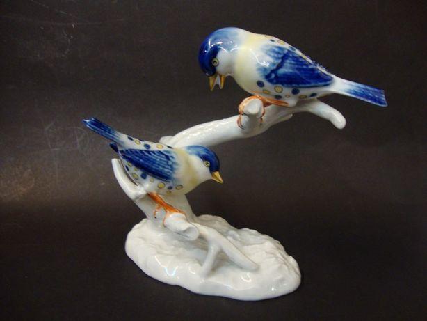 Pássaros, escultura em porcelana da Vista - Alegre