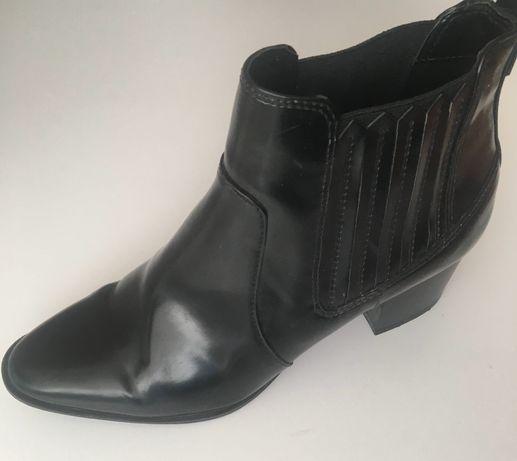 Сапожки ботинки Parfois 38