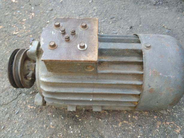 Электро двигатель 380