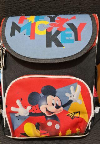 Школьный рюкзак С Микки Маусом и ортопедической спинкой