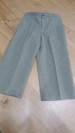 Eleganckie spodnie garniturowe chłopięce