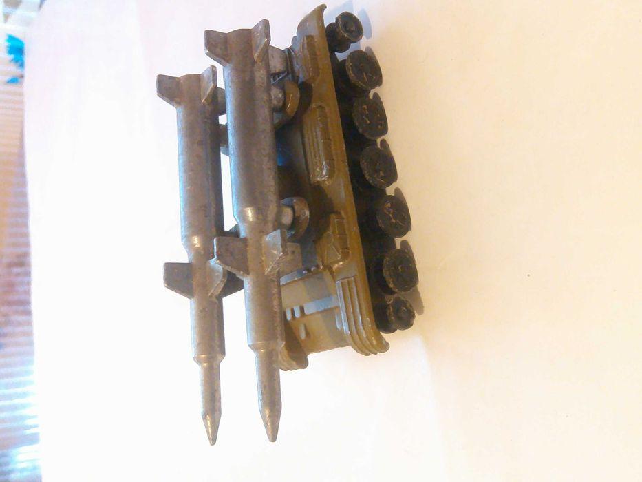 Игрушка танк ракетница СССР. Канев - изображение 1